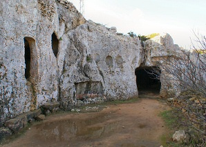 Cala Morell Necropolis