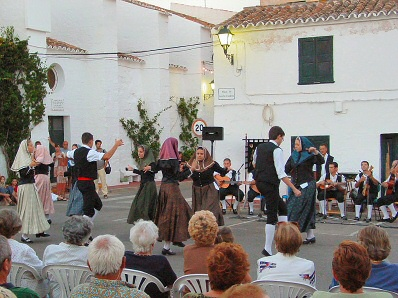 Folk dances in Fornells
